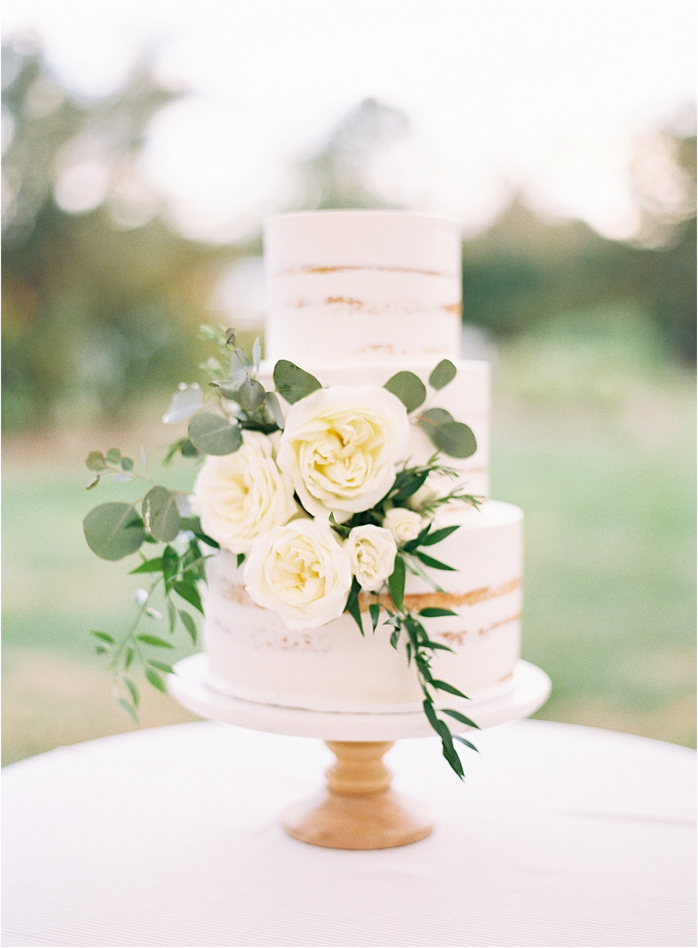 floral rose greenery wedding cake